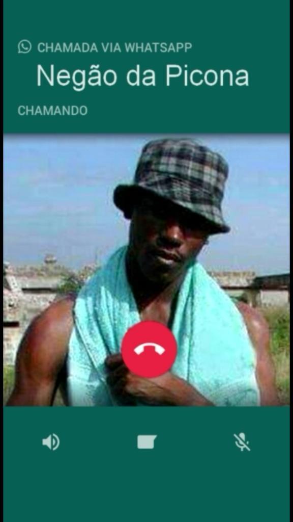 Llamada entrante del negro del whatsapp