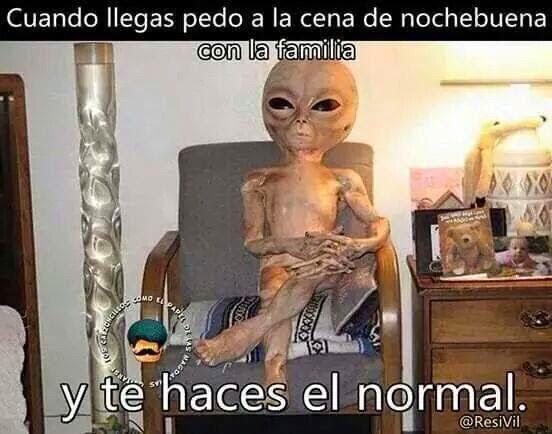 Alien cena de nochebuena